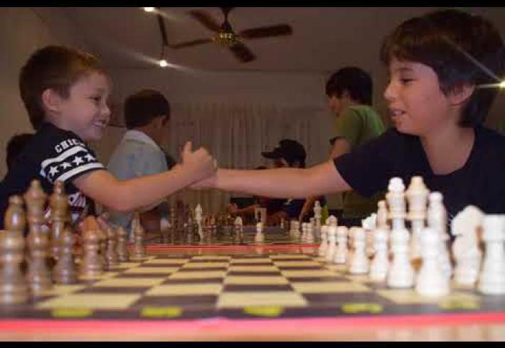 Embedded thumbnail for Talleres de ajedrez en la Biblioteca Popular Despertar